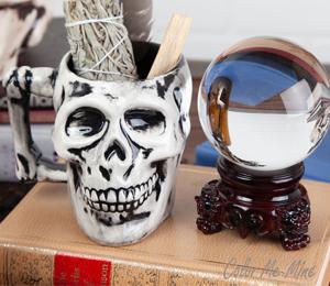 Mission Viejo Antiqued Skull Mug